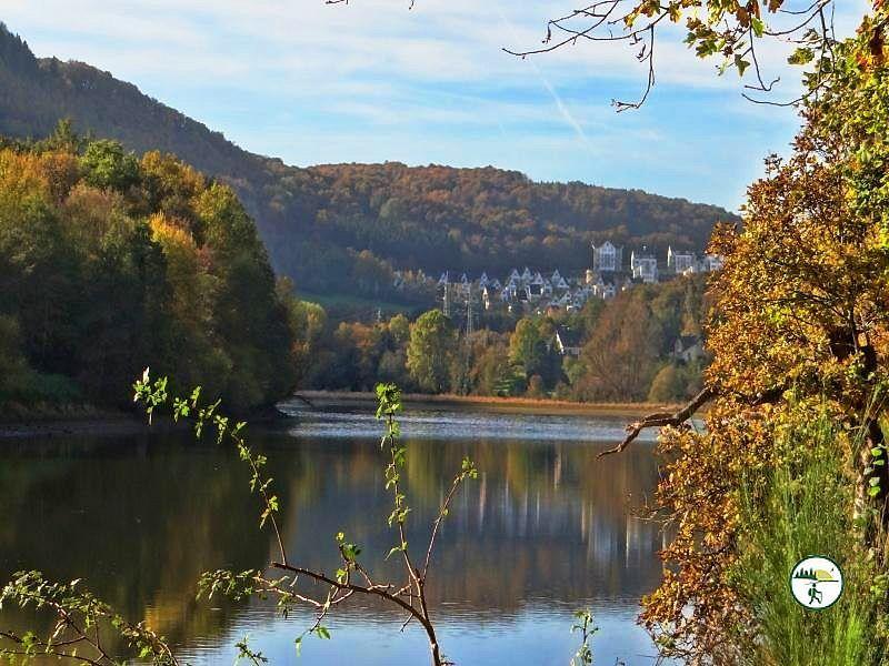 Panoramablick Stausee Heimbach
