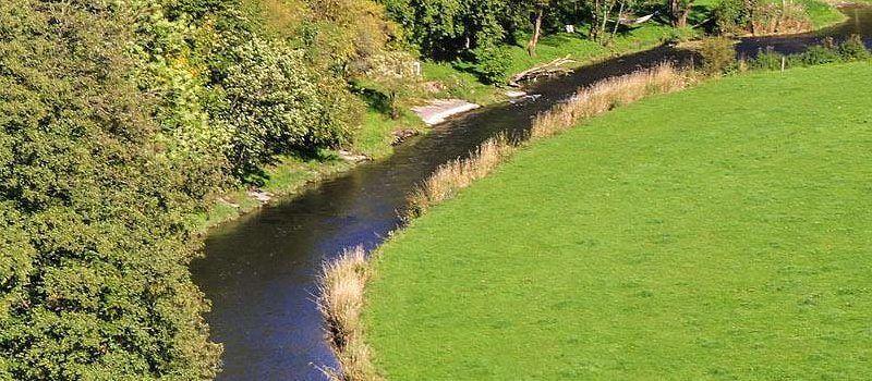 Dort unten Fließt ein Fluss