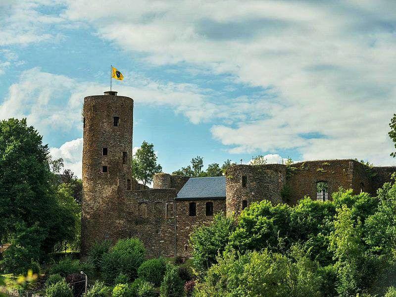 Burg Reuland